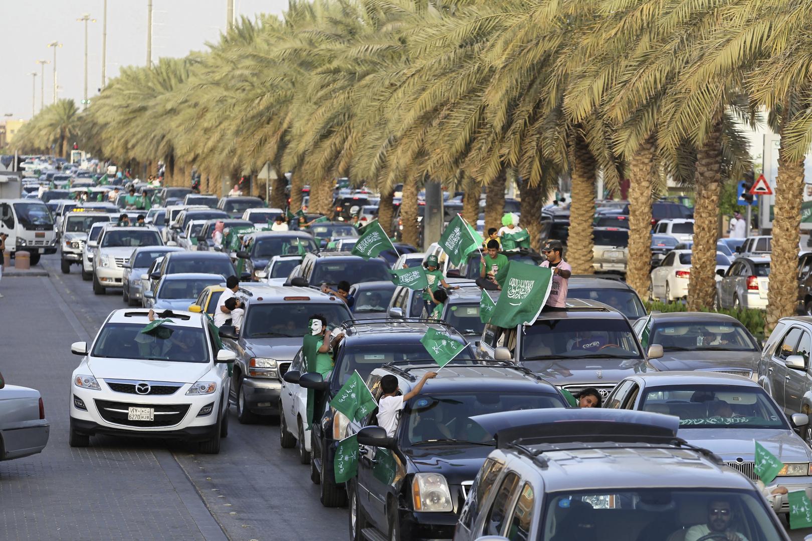 مع دخوله حيز التنفيذ.. نظام إلغاء الكفالة في السعودية لن يشمل 5 مهن