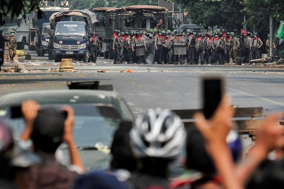 Myanmar: At least 14 protesters killed in Yangon