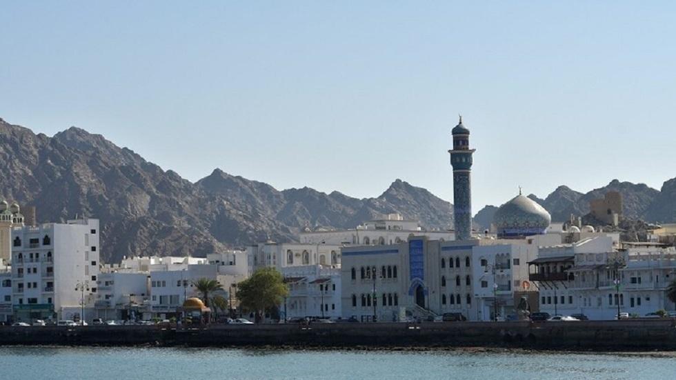 سلطنة عمان تفرض ضريبة القيمة المضافة بنسبة 5 % اعتبارا من أبريل