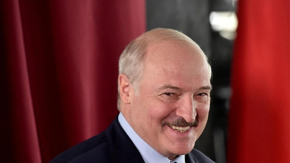 لوكاشينكو يعلن بدء عمل لجنة تعديل الدستور في بيلاروس