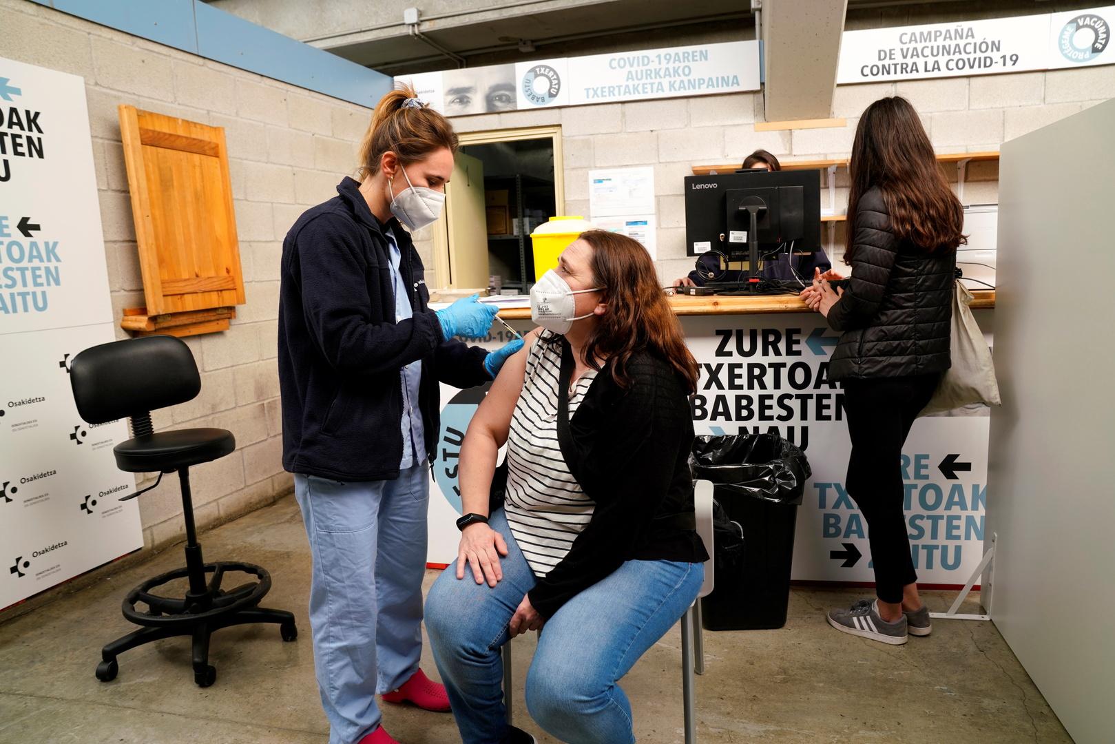 التطعيم ضد فيروس كورونا في إسبانيا