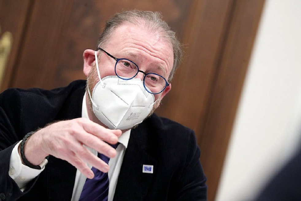 رئيس الجمعية البرلمانية لمجلس أوروبا يعد بحماية الصحفيين الناطقين بالروسية في لاتفيا
