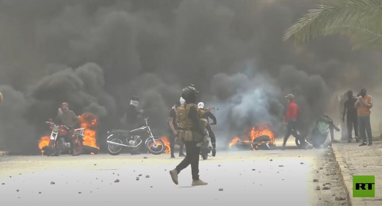 استمرار المظاهرات المطالبة باستقالة الحكومة المحلية في النجف جنوب العراق