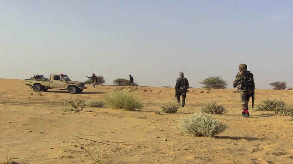 مقتل 11 جنديا في مالي على أيدي مسلحين
