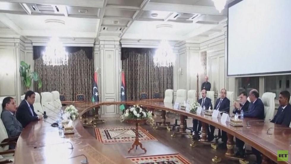 الحكومة الليبية الجديدة تتسلم مقاليد السلطة
