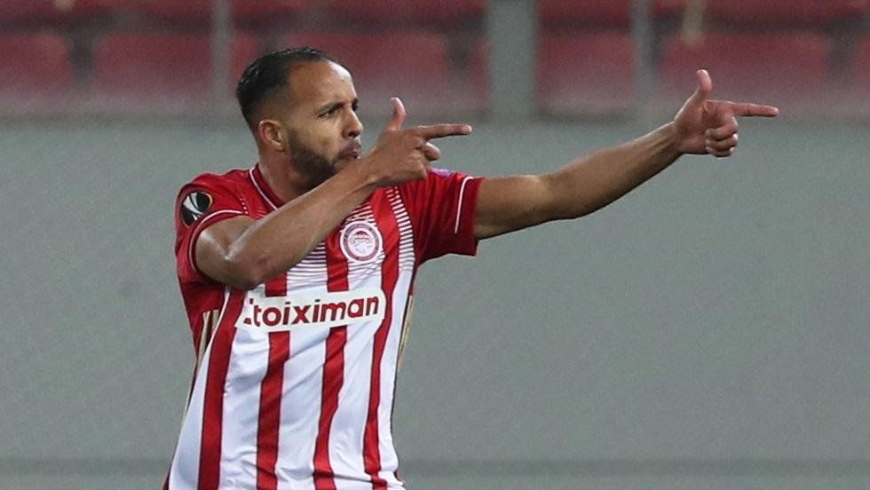 Watch .. Moroccan Yusef Al-Arabi scores a goal with a bait of sage