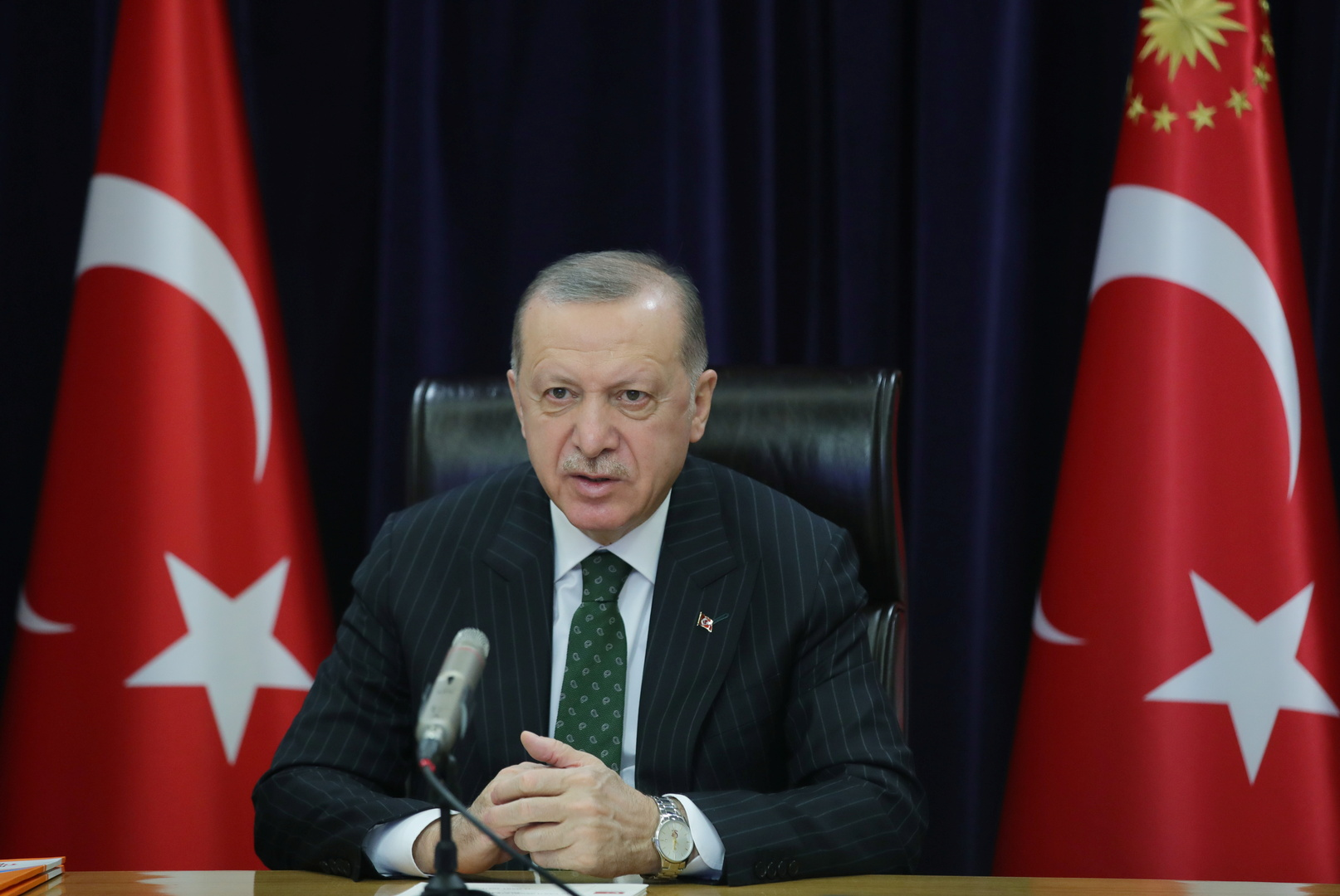 أردوغان: إطلاق الصواريخ الليلة الماضية على الأراضي التركية تم من النظام السوري وقواتنا ردت عليه