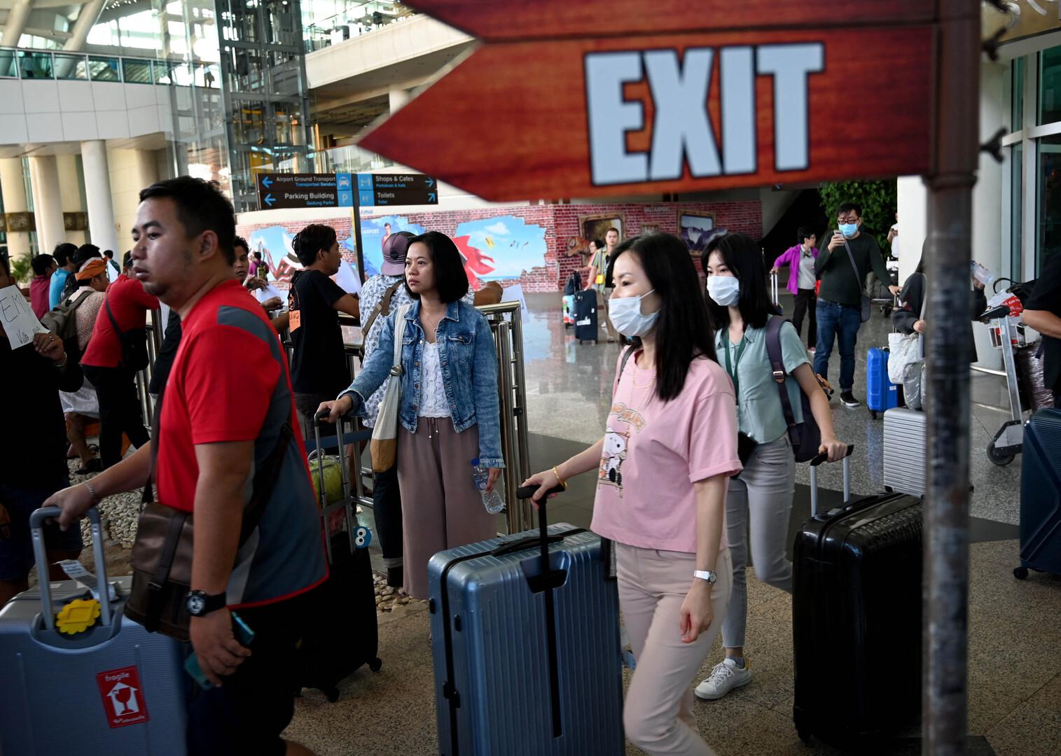 السلطات الإندونيسية تخطط لإصدار تأشيرات سياحية مدتها خمس سنوات