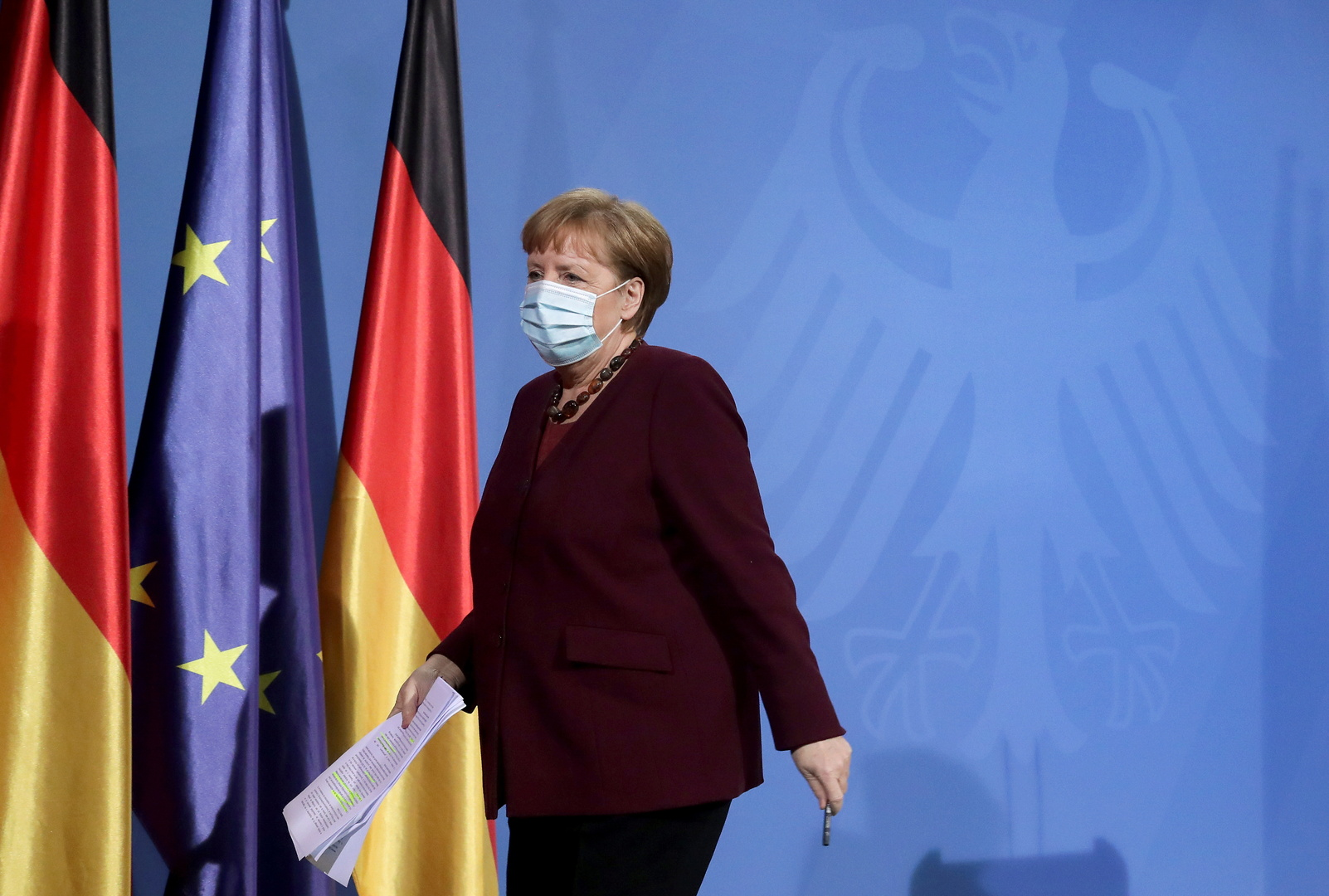 Merkel does not rule out Germany's purchase of a vaccine