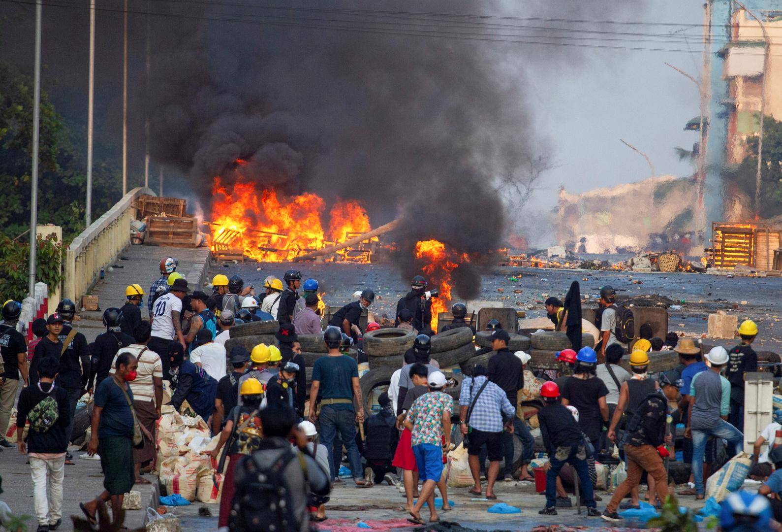 مجلس النواب الأمريكي يدين استيلاء العسكريين على السلطة في ميانمار