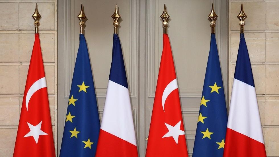 فرنسا تستنكر انسحاب تركيا من اتفاقية أوروبية لحماية المرأة من العنف