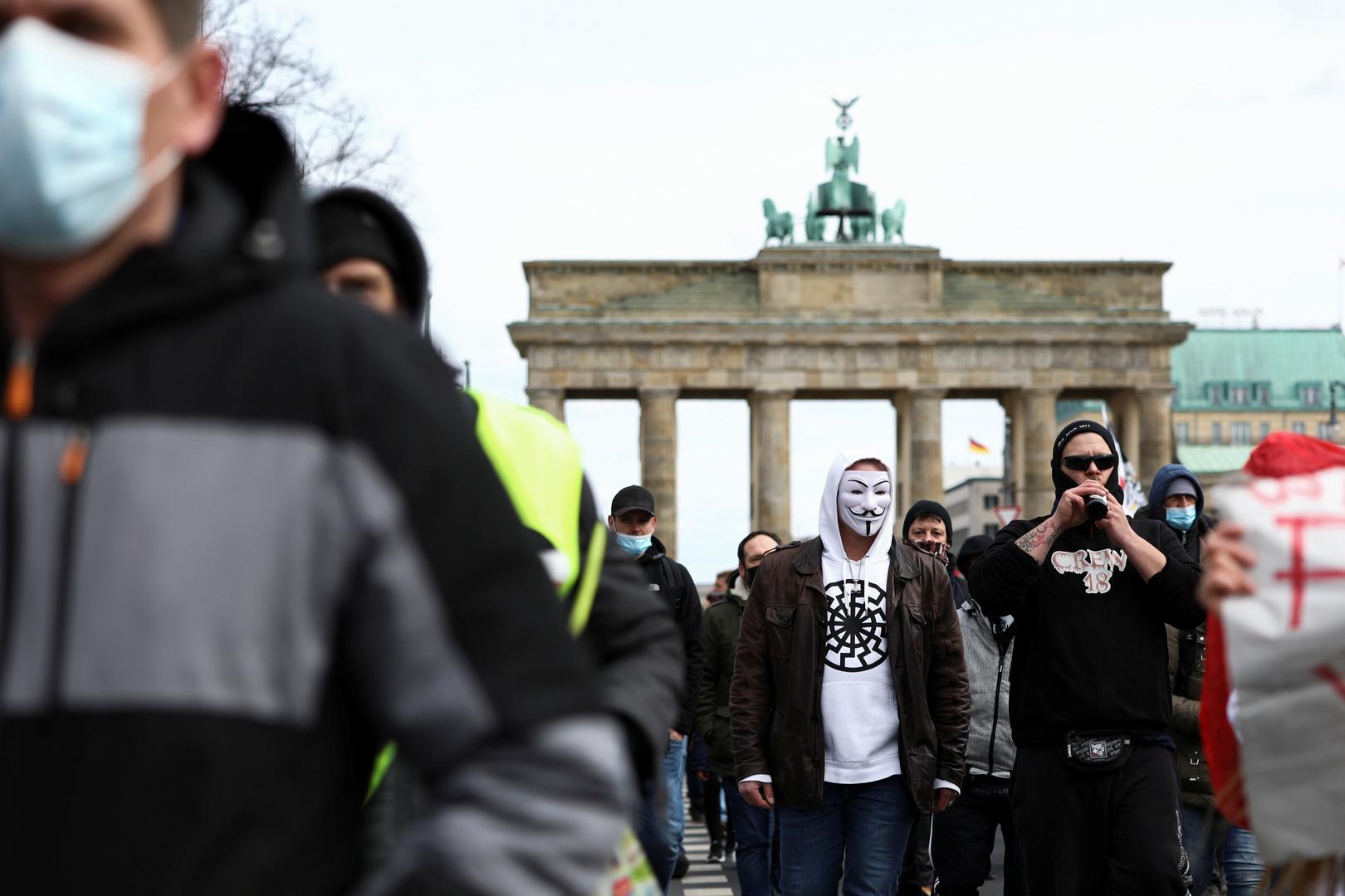 ارتفاع مجموع إصابات كورونا  في ألمانيا إلى أكثر من مليونين ونصف المليون
