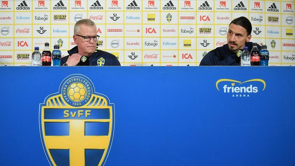 إبراهيموفيتش يبكي خلال عودة عاطفية لصفوف المنتخب السويدي (فيديو)