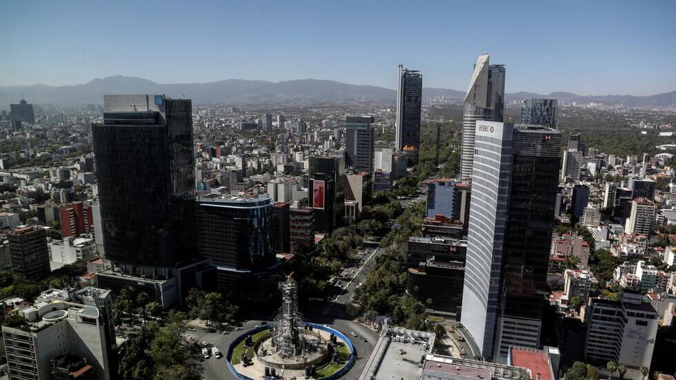 المكسيك تسجل 1292 إصابة و203 وفيات جديدة بكورونا