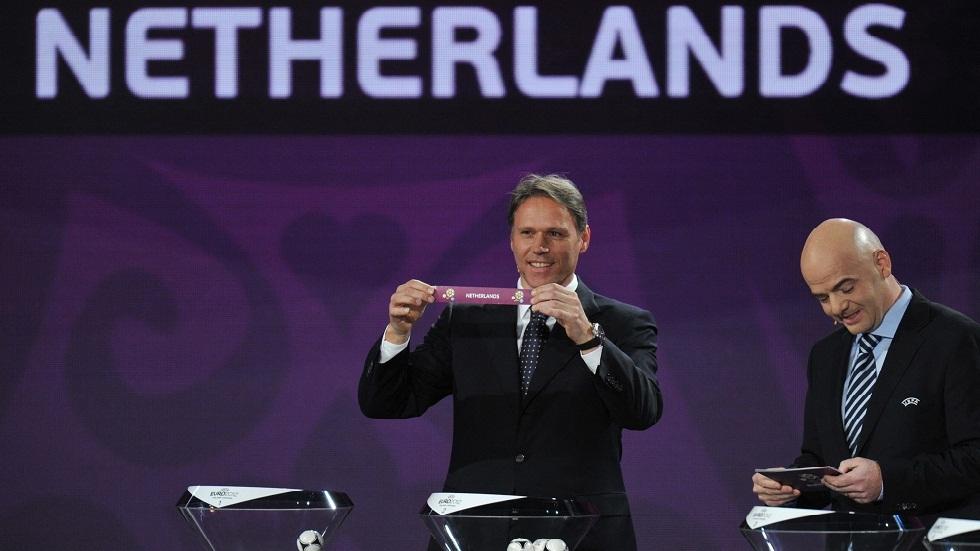 Van Basten demands the abolition of the offside rule in football