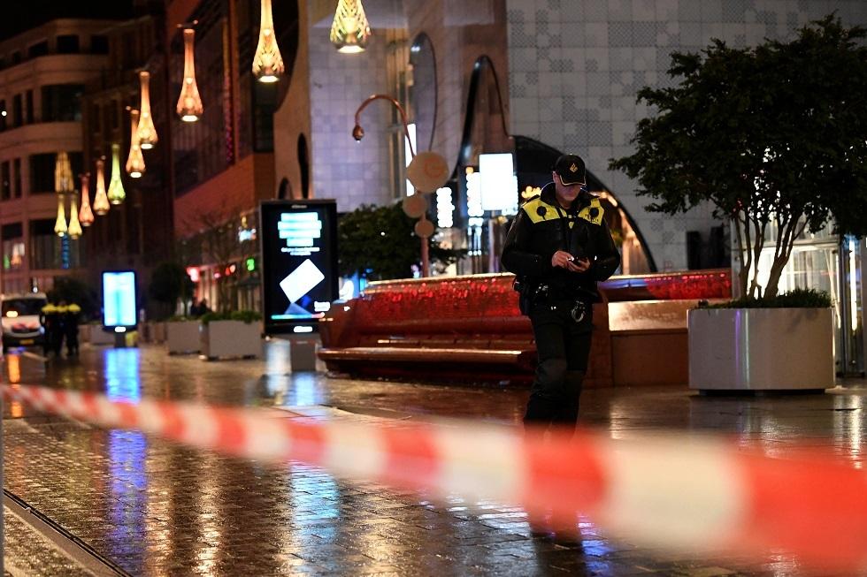 هولندا.. الشرطة تغلق مباني البرلمان والمنطقة المحيطة بها بعد تهديد بوجود قنبلة