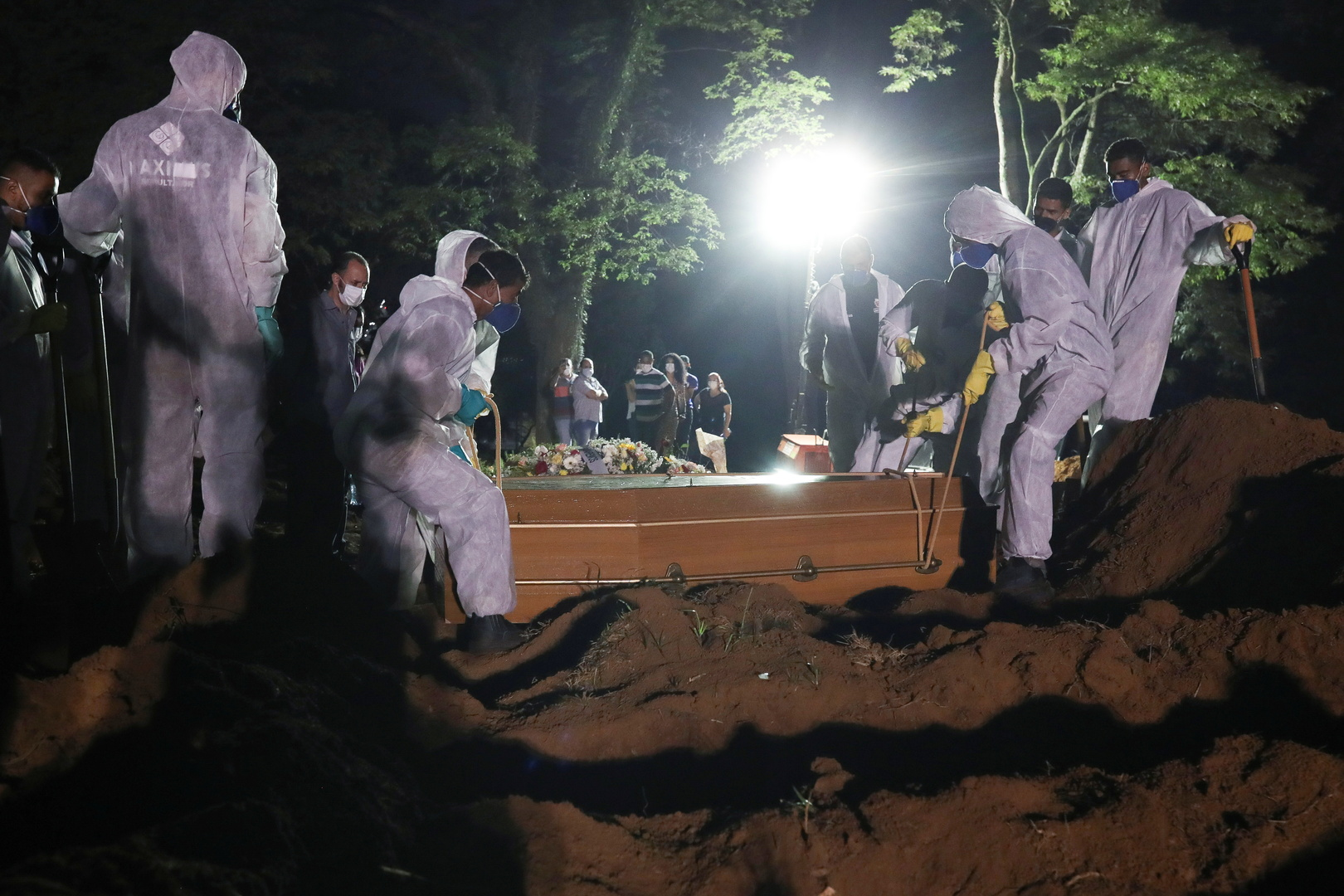 Brazil sets a new record for Corona deaths