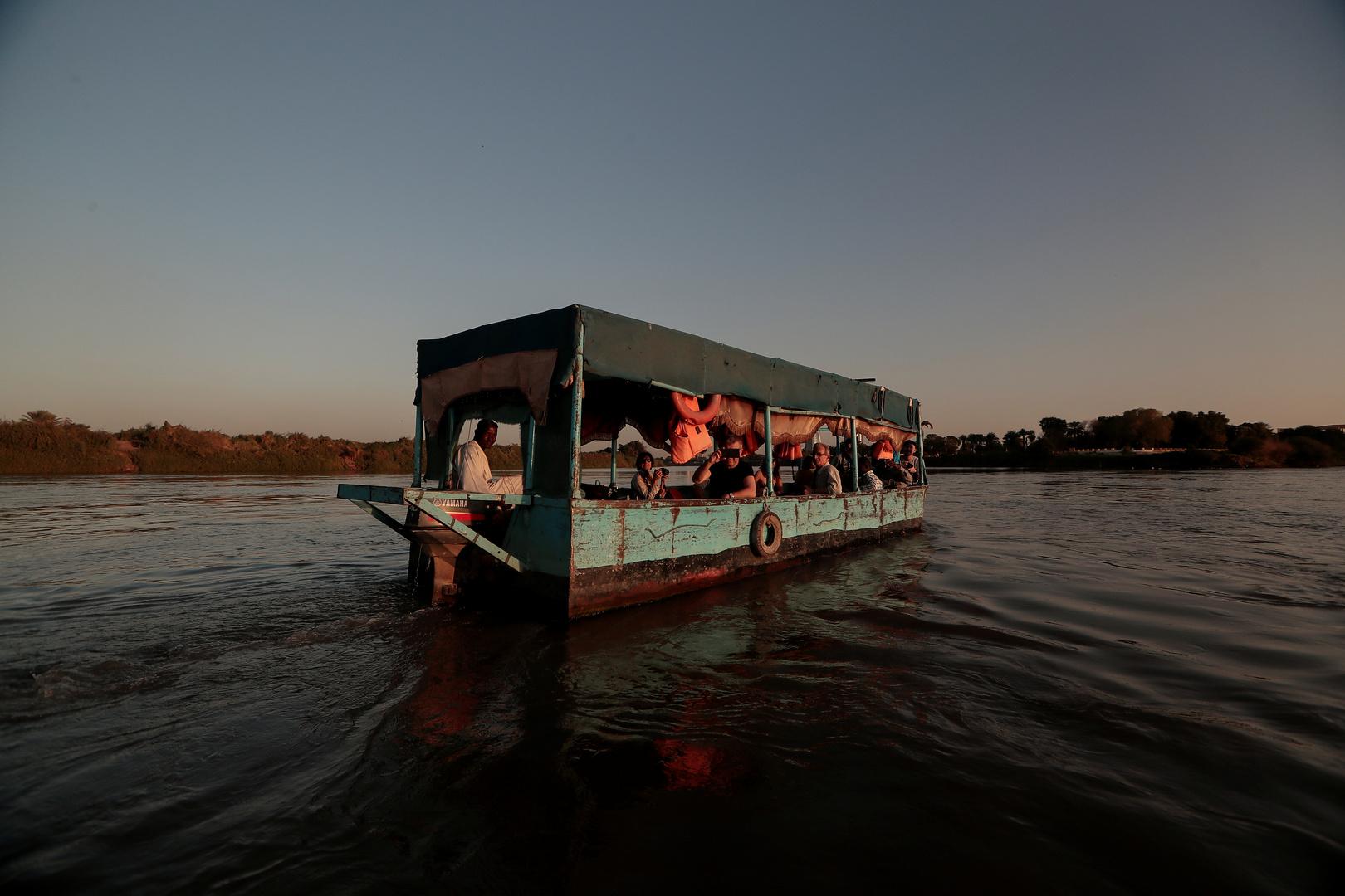 مصرع 5 مسؤولين سودانيين إثر غرق عبارة بمدينة وادي حلفا شمال السودان