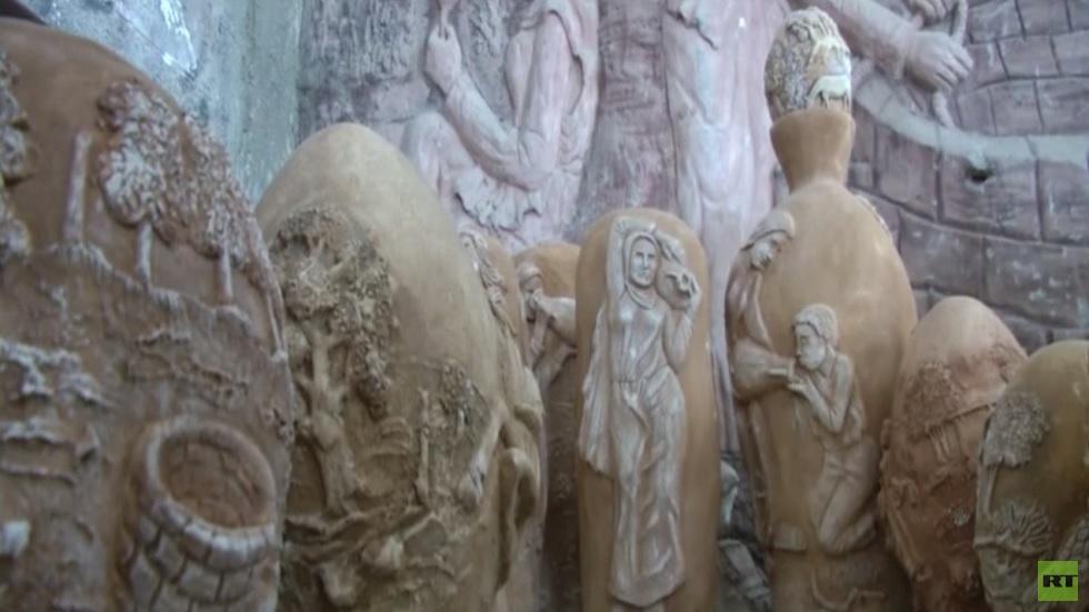 غزة.. فنان يطوع النحت لحفظ تراث الفلسطينيين