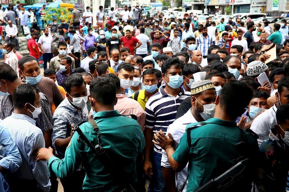 بنغلاديش.. 5 قتلى وعشرات الجرحى في احتجاجات على زيارة رئيس الوزراء الهندي