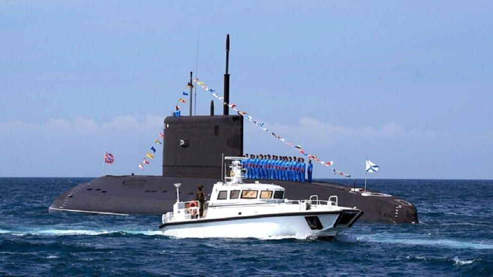 ضابط: الغواصات تشارك في حماية حدود روسيا خلال الفعاليات الهامة