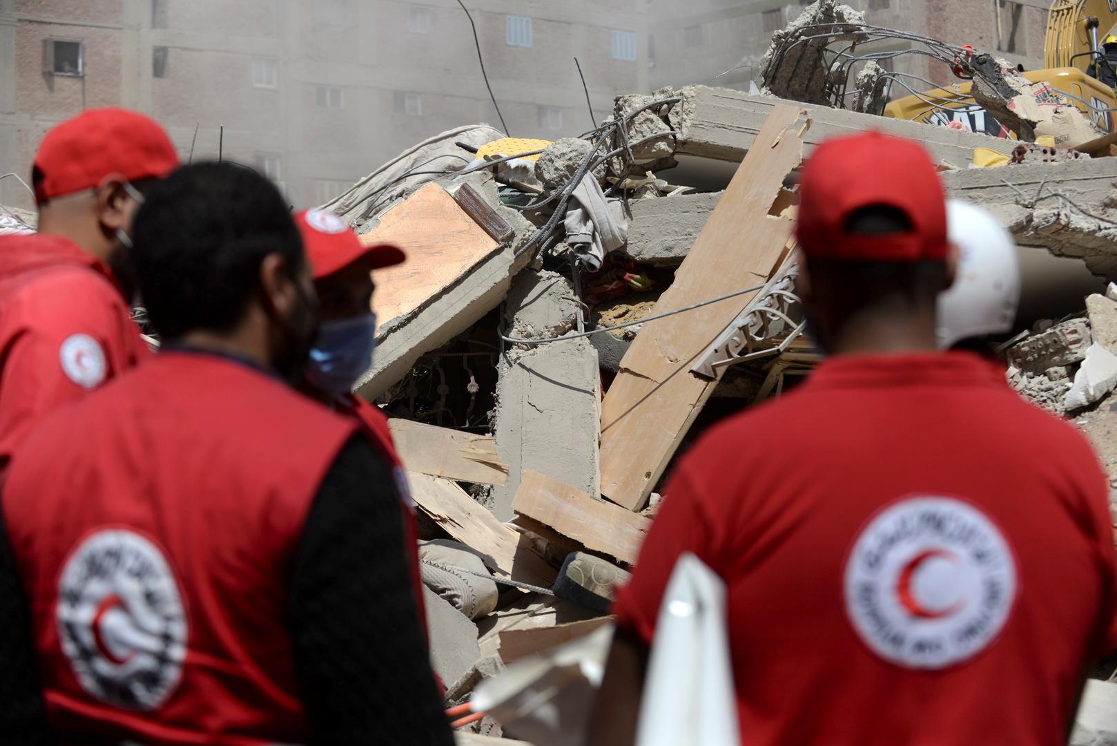 مصر.. ارتفاع عدد ضحايا انهيار مبنى جسر السويس