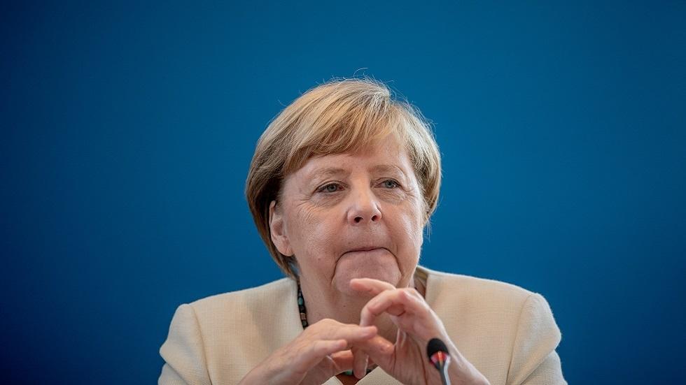 ألمانيا.. استطلاع رأي يكشف تراجع كتلة ميركل قبل أشهر من الانتخابات