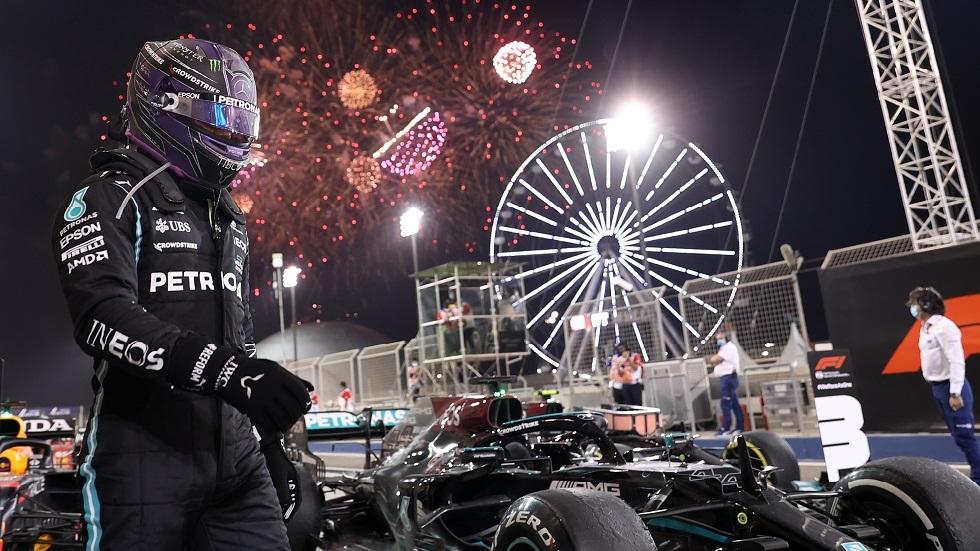 بفارق 0.745 من الثانية عن الوصيف.. البريطاني هاميلتون يتوج بجائزة البحرين للفورمولا 1 (فيديو وصور)