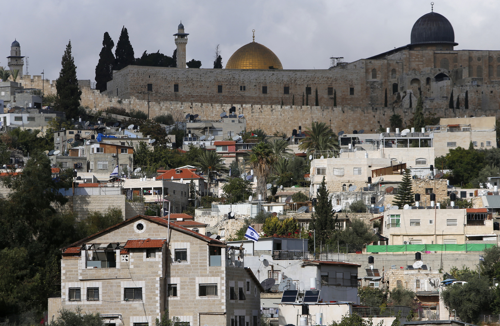 مستوطنون يقتحمون باحات الأقصى في عيد الفصح اليهودي