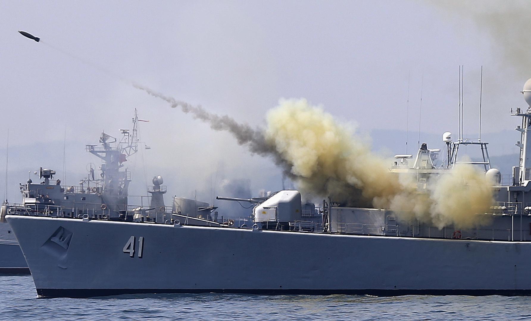 سفينة عسكرية بلغارية أثناء تدريبات للناتو في البحر الأسود