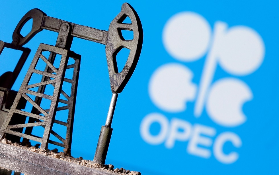 أسعار النفط ترتفع حوالي 1% بدعم من توقعات بأن تبقي