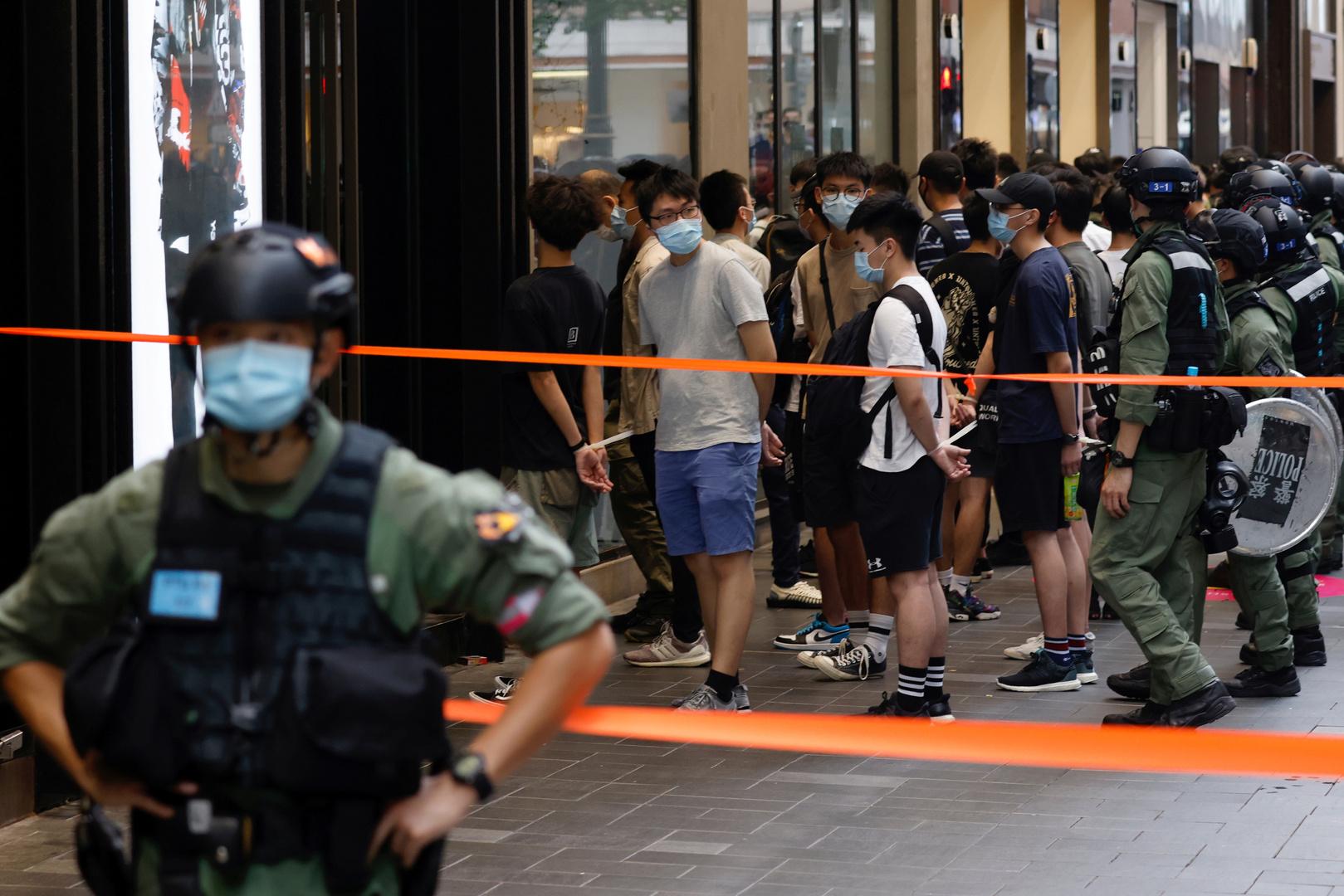هونغ كونغ تحظر الحملات الداعية لمقاطعة الانتخابات