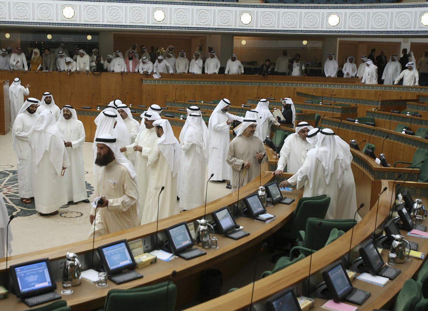 الحكومة الكويتية تؤدي اليمين الدستورية أمام مجلس الأمة (صور)