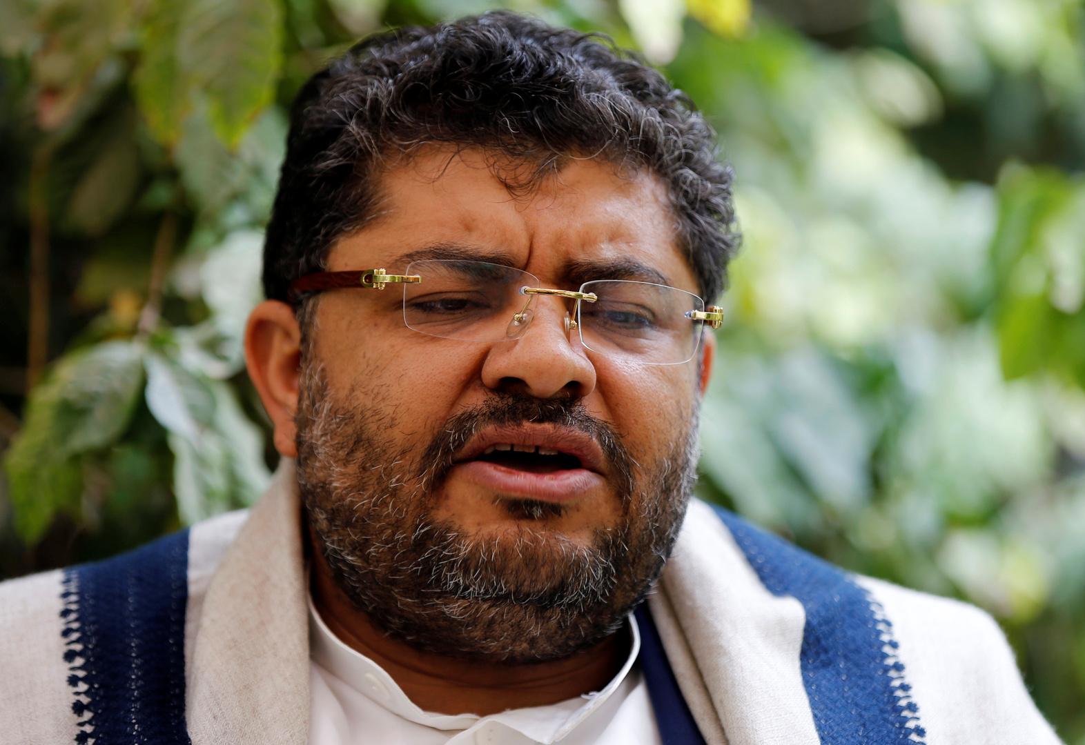 لن نتبادل القضايا الإنسانية ... قال الحوثي لروت: المفاوضات مع الأمريكيين في سلطنة عمان ليست مباشرة.