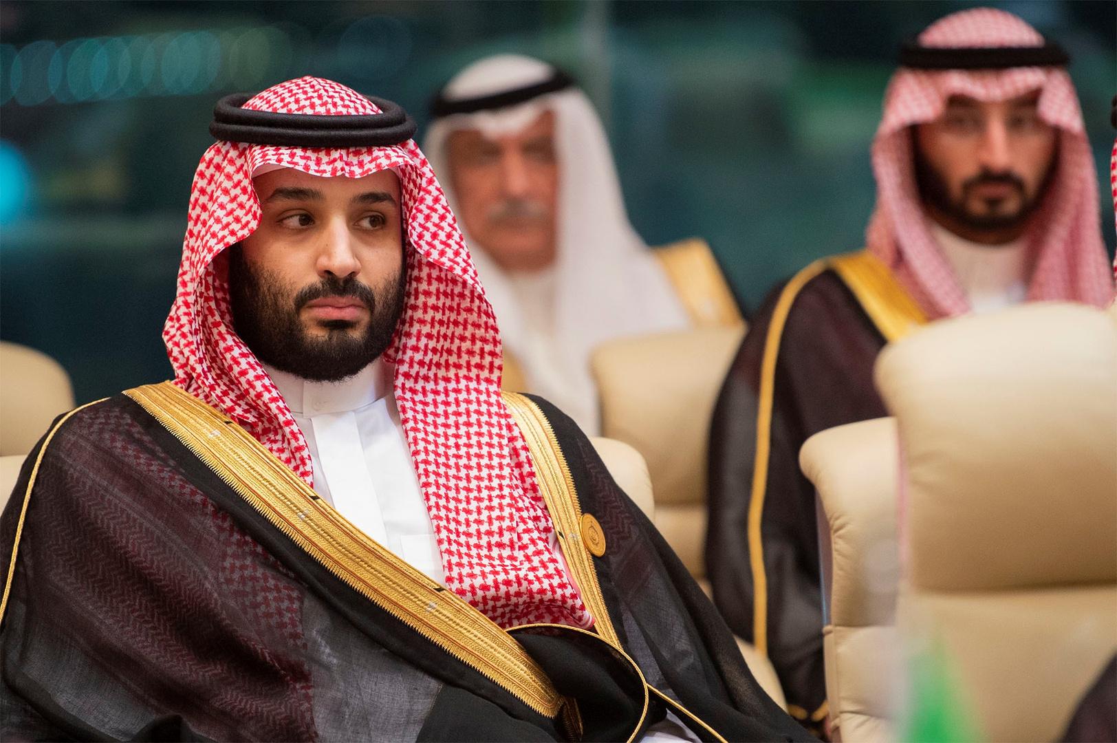 ولي العهد السعودي يجري اتصالا هاتفيا مع سلطان عمان