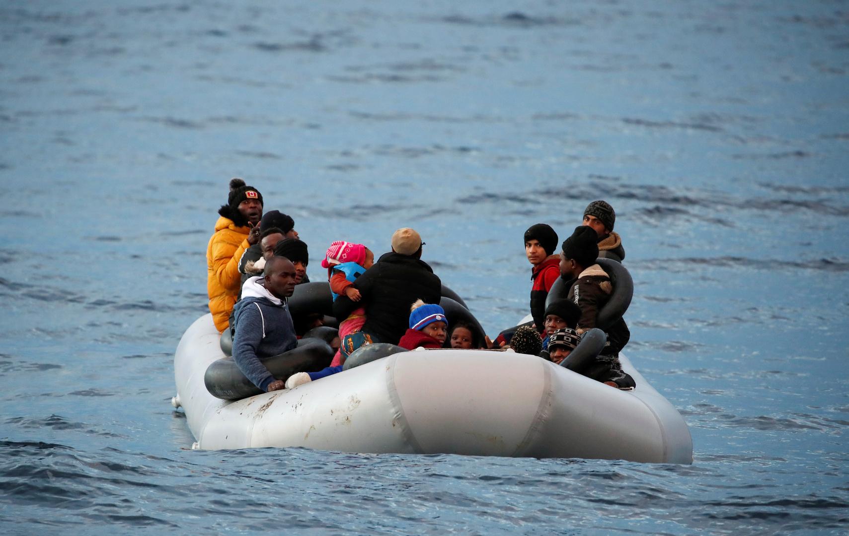 خفر السواحل التركي ينقذ 23 طالب لجوء قبالة سواحل إزمير
