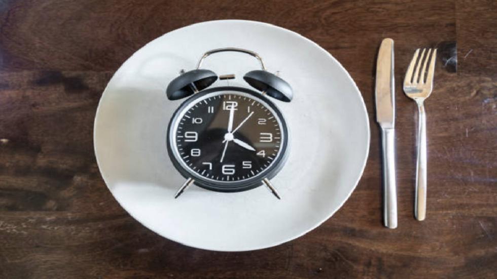 الصيام قبل بدء نظام غذائي جديد يساعدك في الحصول على نتائج أفضل