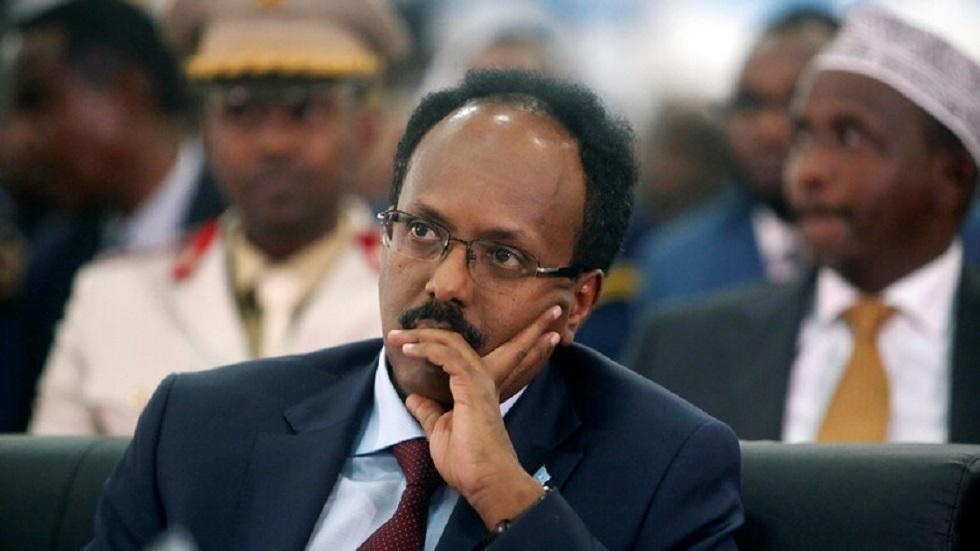 الرئيس الصومالي يطلب وساطة الاتحاد الإفريقي