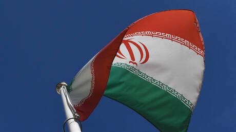 إيران: على قارعي طبول الحرب التوقف عن بيع السلاح المستخدم فقط لقتل الشعب اليمني