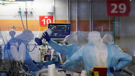 تقرير: المتعافون من كورونا يواجهون خطر الإصابة بالطفرات الجديدة