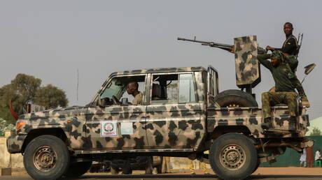 رئيس نيجيريا يأمر بإطلاق النار على المسلحين الذين يرفضون الاستسلام