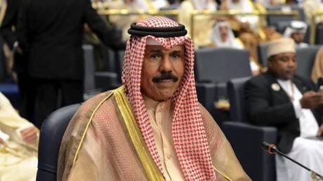 """أمير الكويت إلى الولايات المتحدة لإجراء """"فحوصات معتادة"""""""