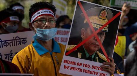 واشنطن تدرج وزارتي الدفاع والداخلية في ميانمار على القائمة السوداء