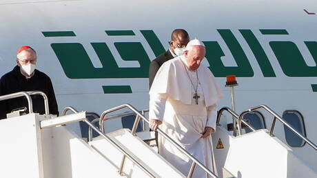 البابا يصل أربيل في آخر أيام زيارته إلى العراق