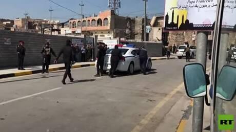 شاهد.. تعطل سيارة بوليسية تقود موكب البابا في الموصل