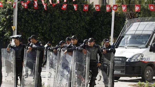 تونس، المهدية، السواسي، حرق مركز امن، حربوشة نيوز    ،بعد وفاة شابين.. عدد من الأهالي في تونس يحرقون مركز شرطة وسيارة أمنية