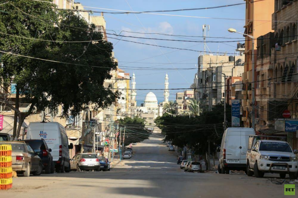 بالصور.. سريان قرار منع حركة المركبات يومي الجمعة والسبت في قطاع غزة