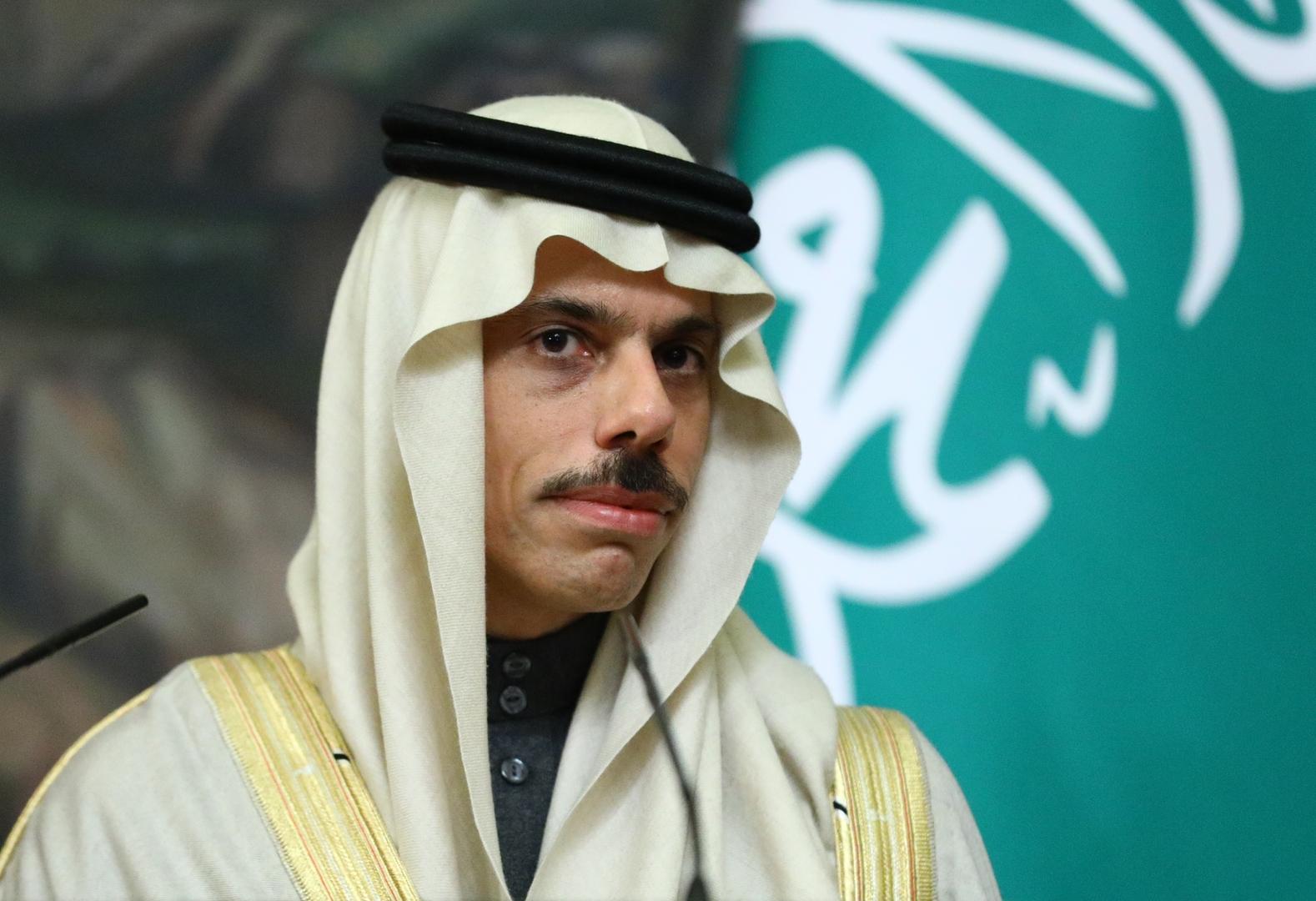 وزير خارجية السعودية: جلوسنا حول طاولة واحدة مع إيران أمر واقعي تماما