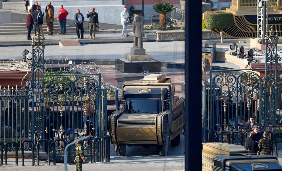 موكب نقل المومياوات الملكية إلى المتحف الجديد