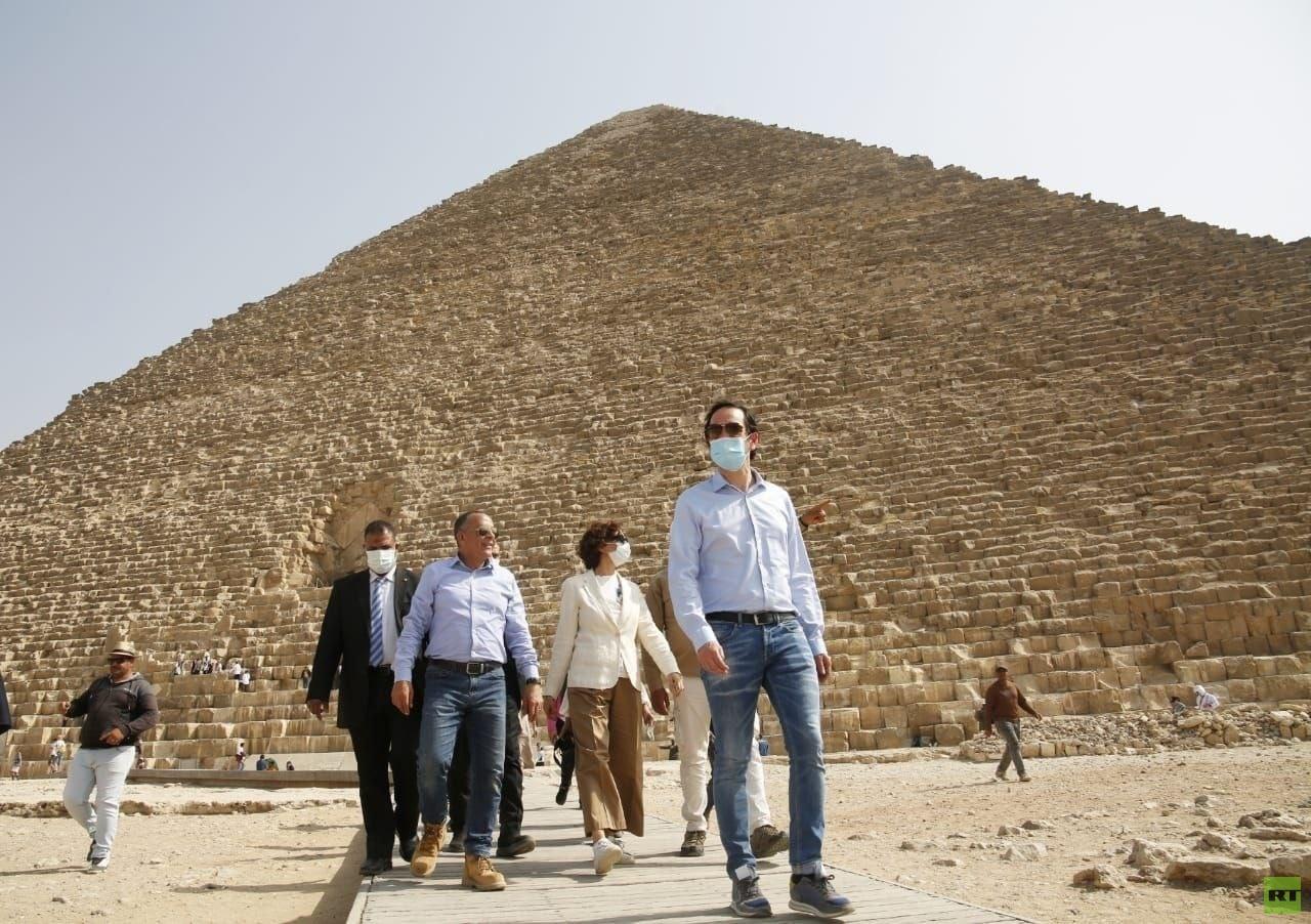 المديرة العامة لليونسكو تزور القاهرة التاريخية ومنطقتي آثار سقارة وأهرامات الجيزة